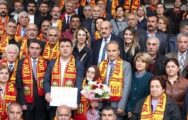 CHP'li Veli Ağbaba Mazbatasını Aldı