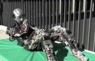 Japonlar insan gibi spor yapıp terleyen robotlar geliştirdi