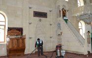Darende'deki Camilerde Ramazan Temizliği