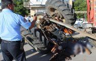 Traktör Devrildi: 1 Ölü, 3 Yaralı