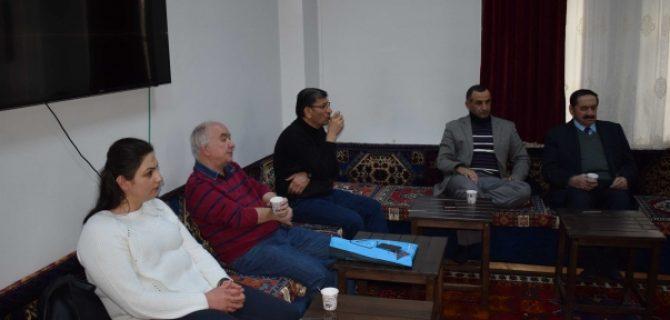 Malatya'da şair, Yazar Ve Öğretmenlik Teması